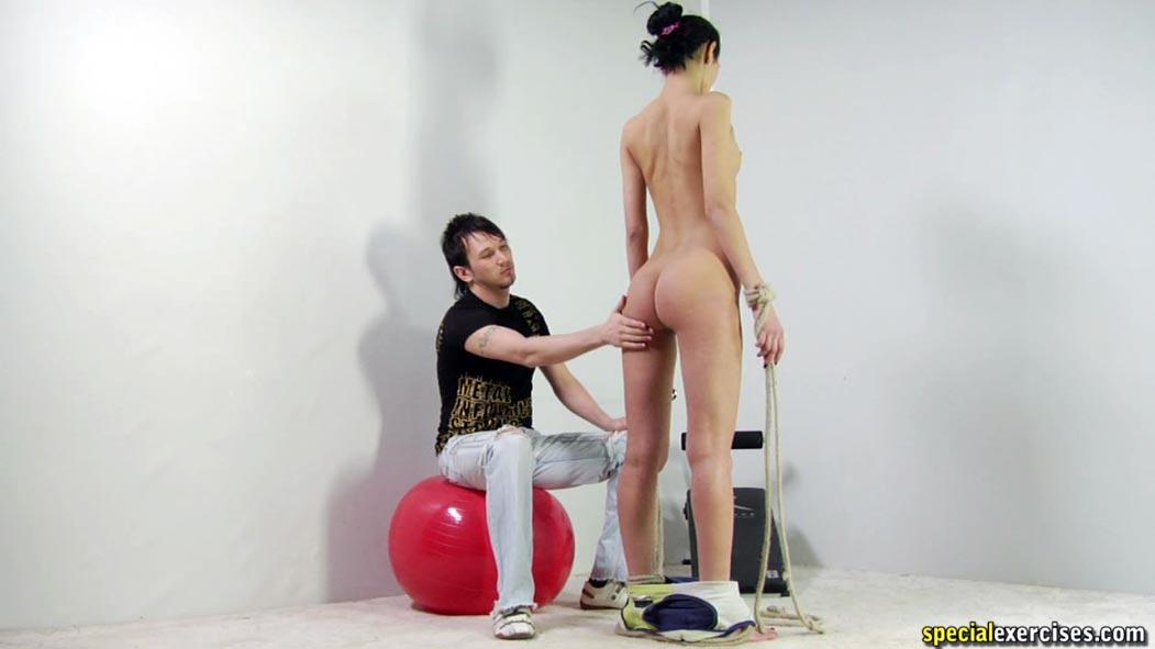 Tori spelling naked ass boobs