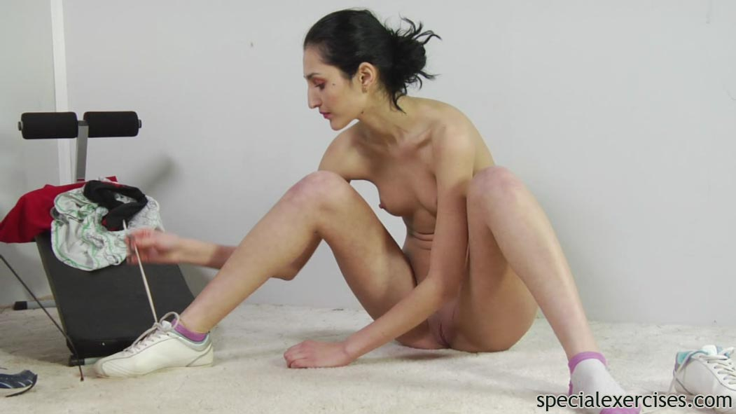 Nude workout orgasm sexy