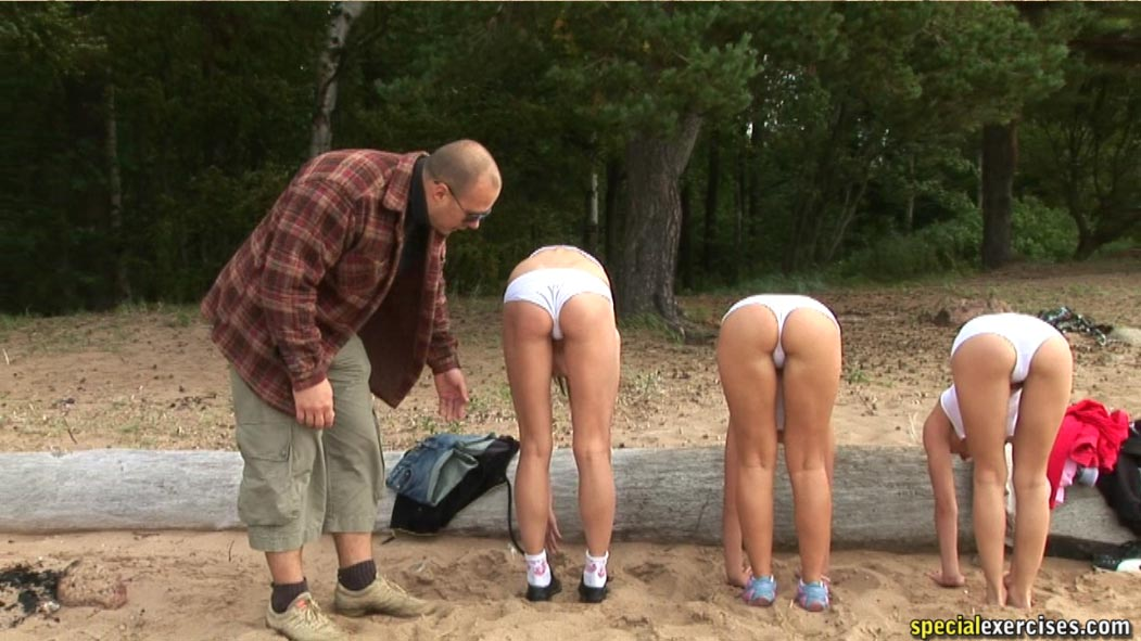 submissive women nude outdoors