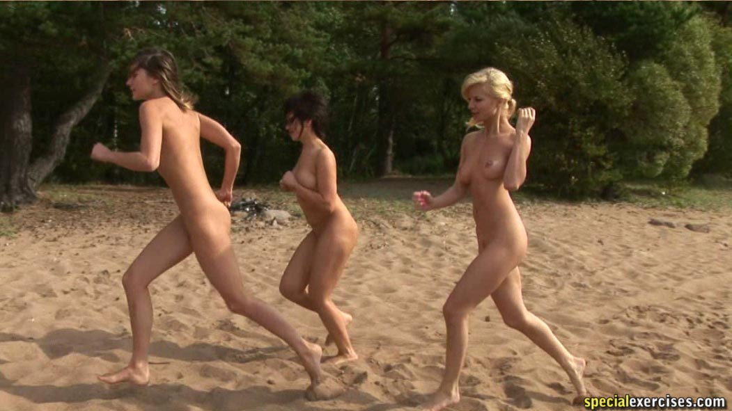 Hot Chicks Jogging Nude